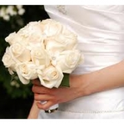 15 Rose Bouquet (white)